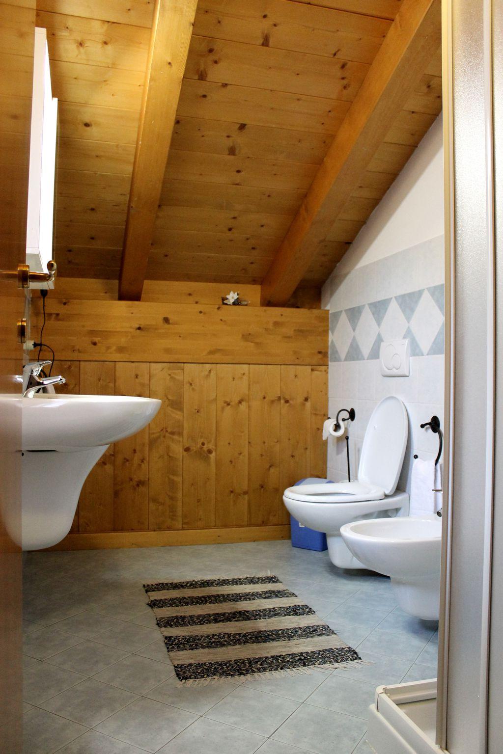Chalet camping chalet presanella ponte di legno tem for 5 piani di casa di tronchi di camera da letto